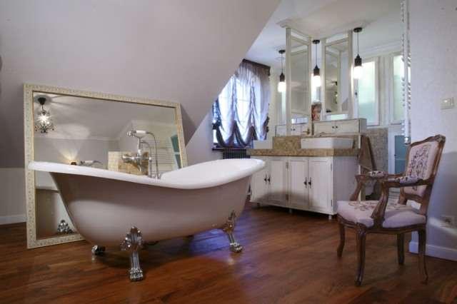 ванна акриловая на ножках отдельностоящая