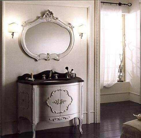 Тумба под умывальник с зеркалом в классическом стиле
