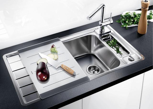 Стильные стальные мойки для кухни