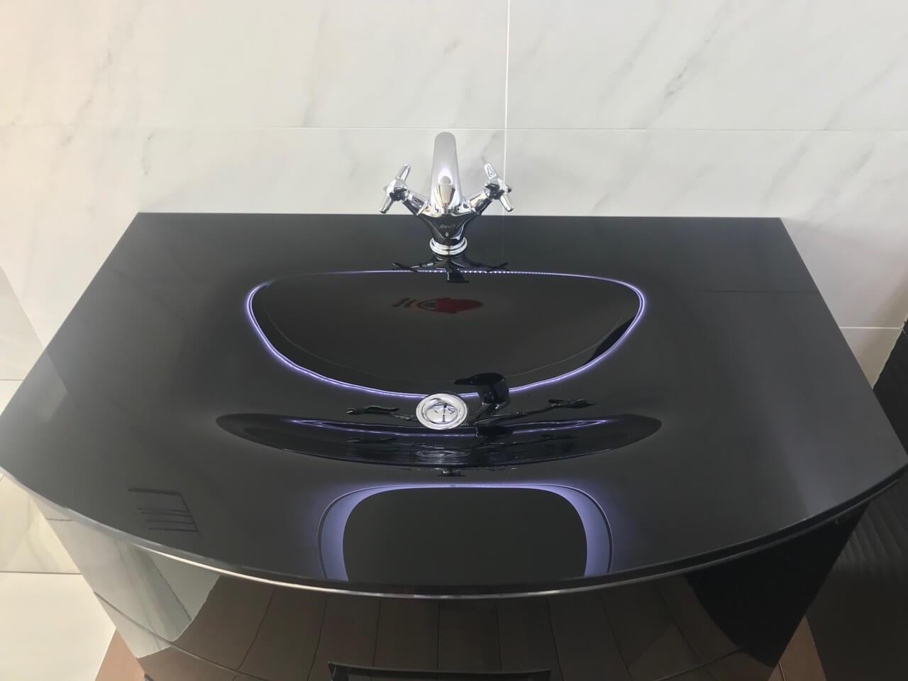Комплект мебели для ванной комнаты в классическом стиле SABRINE (Сабрина) Marsan (Марсан), купить тумбу с LED зеркалом