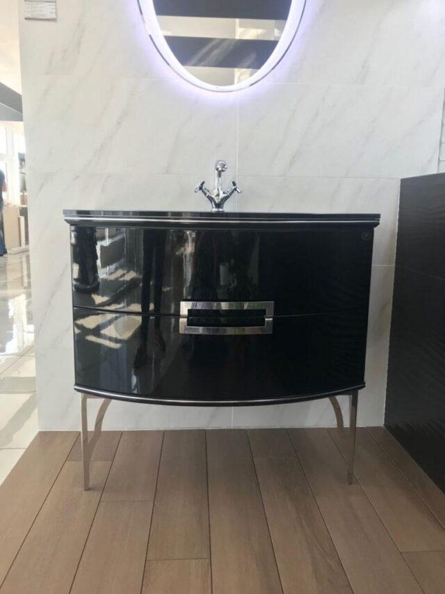 Роскошный комплект мебели для ванной комнаты в классическом стиле SABRINE (Сабрина) Marsan (Марсан), купить тумбу с LED зеркалом
