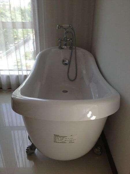 Характеристики отдельностоящей ванны на лапах из акрила Appollo (Апполло) ТS-1705 173*80*84 см